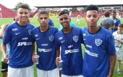Quarteto da Un1que Football brilha em jogo beneficente