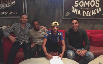 Vitinho renova contrato com a Adidas
