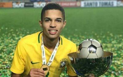Atacante Vitinho é campeão do Sulamericano Sub-17 pela Seleção Brasileira