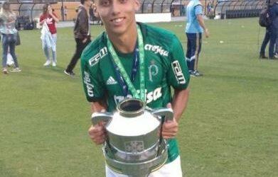 Jovem Guilherme Vieira é campeão da Copa do Brasil Sub-17 pelo Palmeiras