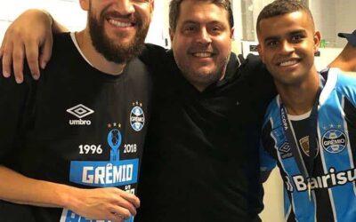 Parabéns! Marcelo Oliveira e Alisson são campeões da Recopa pelo Grêmio