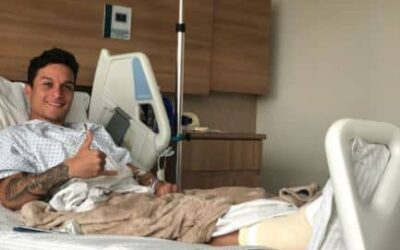Artur, meia-atacante do Palmeiras, realiza cirurgia no tornozelo direito