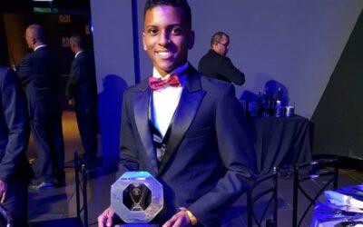Rodrygo Goes, do Santos, fecha com a SEMP TCL seu primeiro acordo comercial como atleta profissional