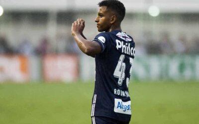 Com três gols e uma assistência, Rodrygo brilha em goleada do Santos sobre o Vitória