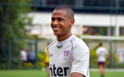 Em alta no São Paulo, Bruno Alves é destaque no Ge.com. Site traz os bons números do zagueiro