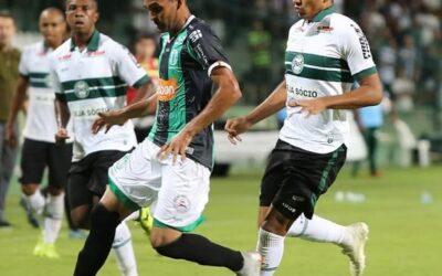 No Couto Pereira, Igor Jesus faz sua estreia como profissional