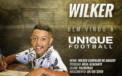 Meia-atacante Wilker, do Palmeiras, é o novo cliente da Un1que Football