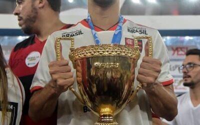 Xerife do Flamengo, Rodrigo Caio leva título do Campeonato Carioca 2019 e é eleito melhor zagueiro da competição