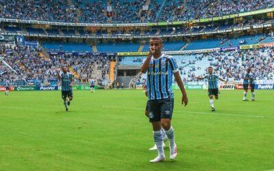 Alisson mostra estrela em mata-matas e se torna novo amuleto no Grêmio
