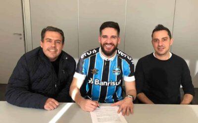 Marcelo Oliveira renova contrato com o Grêmio até 2020
