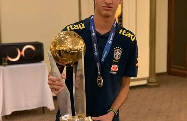 Rodriguinho é campeão do Sul-Americano Sub-15 com a Seleção Brasileira