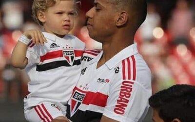 Bruno Alves relembra início no São Paulo e cita algumas inspirações em entrevista aos canais oficiais do clube
