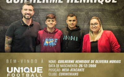 Guilherme Henrique, meia-atacante do Corinthians, é o novo cliente da Un1que Football