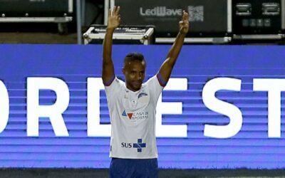 Em fase goleadora, Élber é destaque no FOXSports.com.br