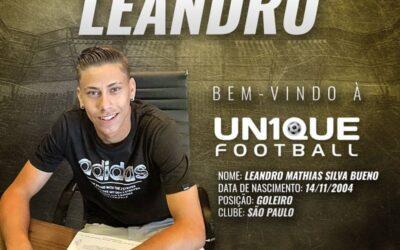 Leandro, goleiro do São Paulo Sub-16, é o novo cliente da Un1que Football