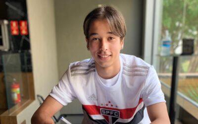 João Palmberg assina contrato profissional com o São Paulo