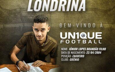 Londrina, zagueiro do Grêmio sub-17, é o novo cliente da Un1que Football