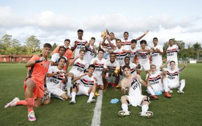 Com quarteto Un1que Football em campo, São Paulo avança às semifinais do Campeonato Brasileiro Sub-17