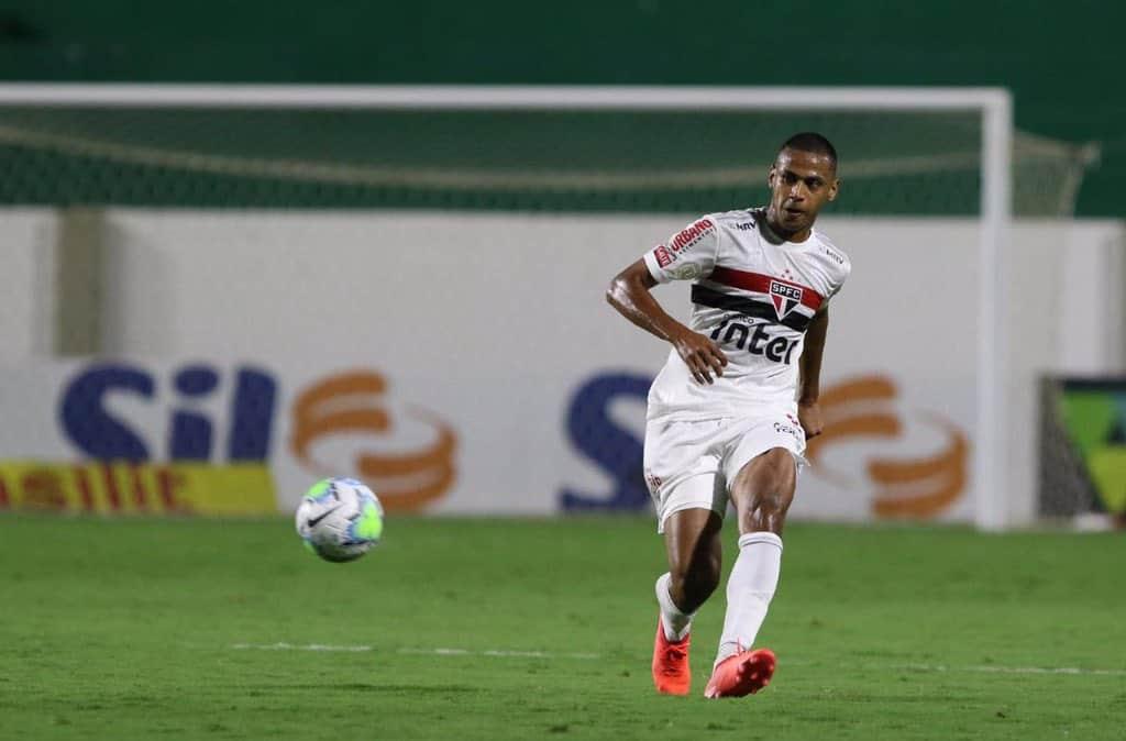 Após vitória no Brasileirão, Bruno Alves ressalta liderança e desempenho defensivo do São Paulo