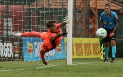 Com goleiro Leandro salvador, São Paulo está na decisão da Copa do Brasil Sub-17