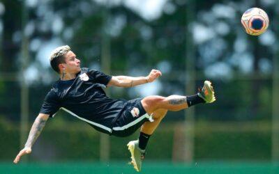 Após completar 150 jogos como profissional com gol, Artur é destaque no Ge.com