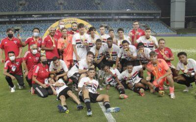 Com trio Un1que Football, São Paulo é campeão da Supercopa Sub-17