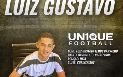 Luiz Gustavo, meia do Corinthians sub-15, é o novo cliente da Un1que Football