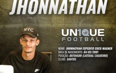 Jhonnathan, defensor do Santos, é o novo cliente da Un1que Football