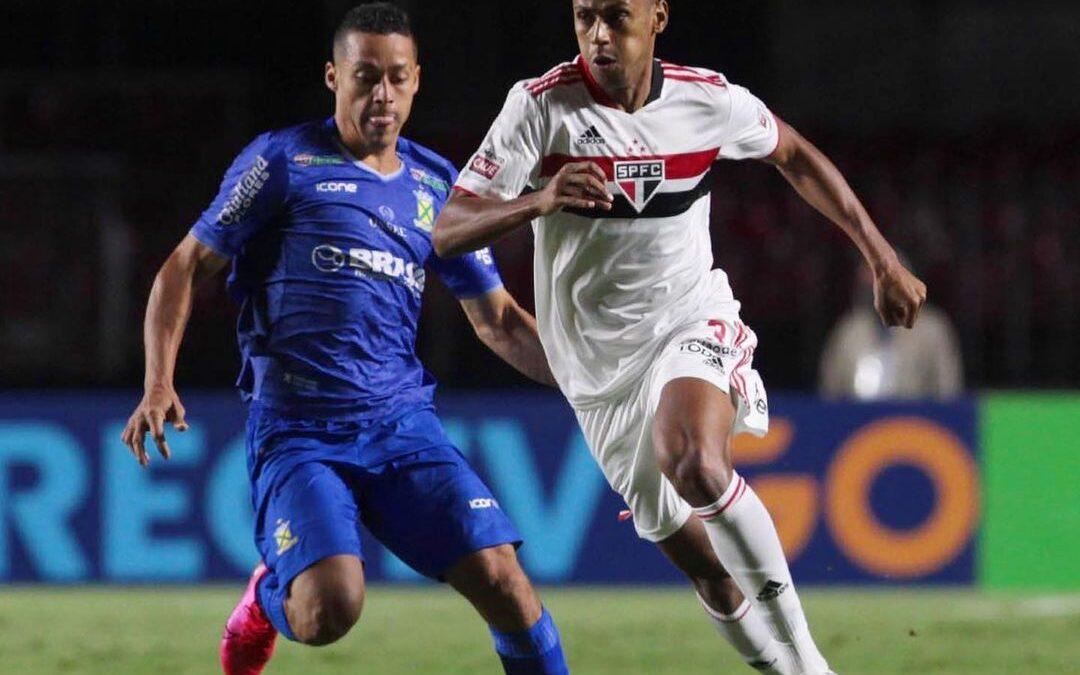 Zagueiro Bruno Alves em destaque na TNT