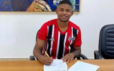 Gabriel Falcão, volante do Sub-20, renova contrato com o Tricolor