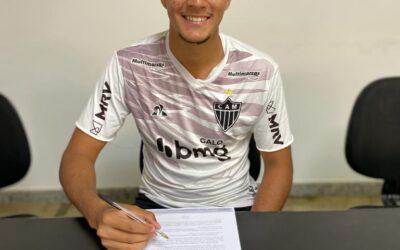 Rafael Werneck deixa Cruzeiro e assina contrato de formação com o Atlético-MG