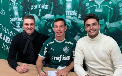 Destaque do sub-17, atacante Daniel assina contrato de cinco anos com o Palmeiras