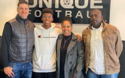 Gustavo Negreiros, zagueiro do Athletico-PR sub-15, é o novo cliente da Un1que Football