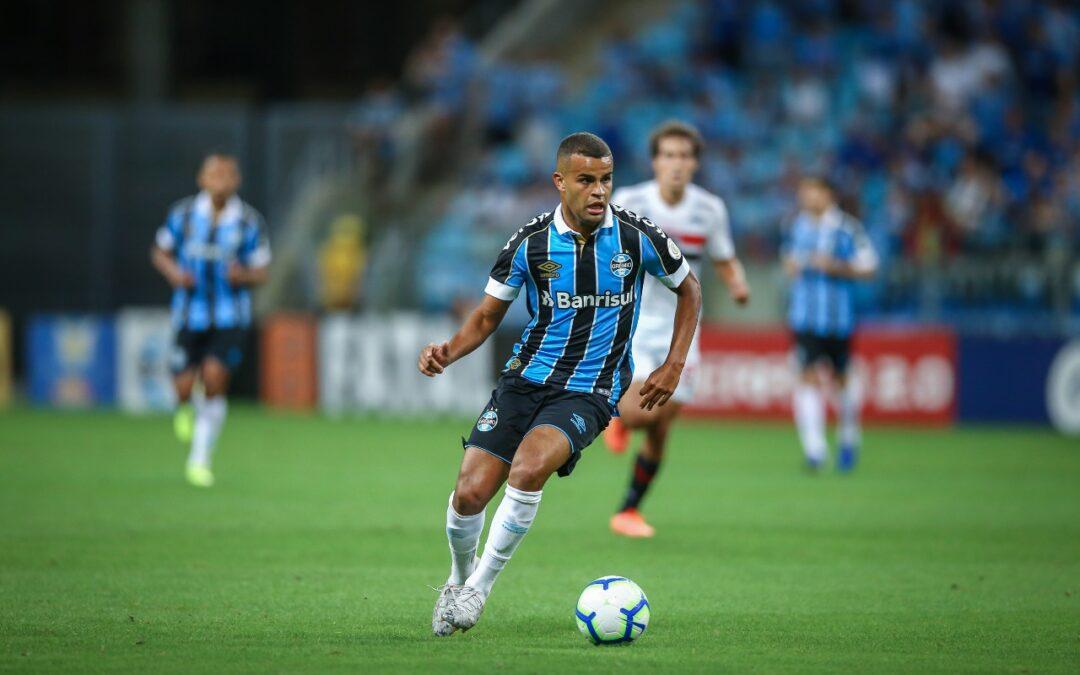 Participação em gols e titularidade com todos os técnicos: a importância de Alisson para o time do Grêmio